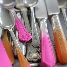 Фотография: Аксессуары в стиле Современный, Декор интерьера, Дизайн интерьера, Цвет в интерьере, Желтый, Розовый, Оранжевый, Неон – фото на InMyRoom.ru