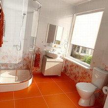 Фотография: Ванная в стиле Современный, Декор интерьера, Дизайн интерьера, Цвет в интерьере, Оранжевый – фото на InMyRoom.ru