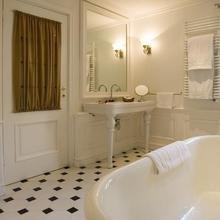 Фотография: Ванная в стиле Кантри, Современный, Интерьер комнат, Прованс, Ванна – фото на InMyRoom.ru
