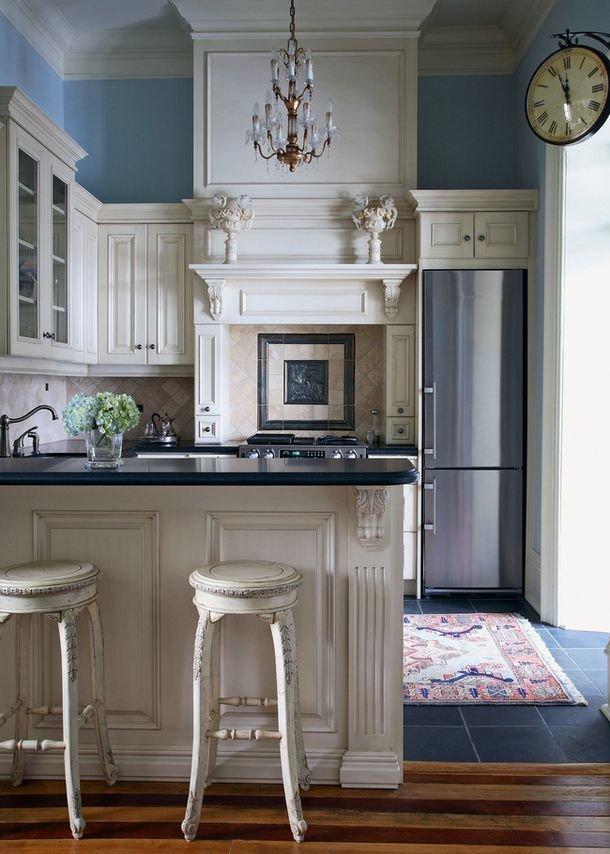 Фотография: Кухня и столовая в стиле , Малогабаритная квартира, Интерьер комнат – фото на InMyRoom.ru