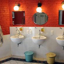 Фотография: Ванная в стиле Лофт, Дизайн интерьера, Ретро, Хостел, Санкт-Петербург – фото на InMyRoom.ru