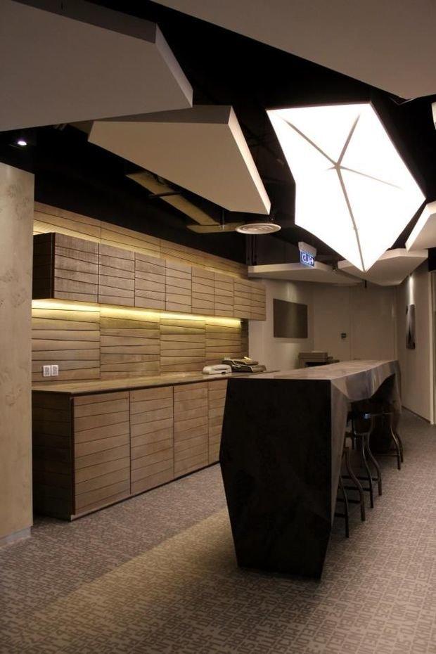 Фотография: Кухня и столовая в стиле Хай-тек, Минимализм, Декор интерьера, Декор, Мебель и свет, освещение – фото на InMyRoom.ru
