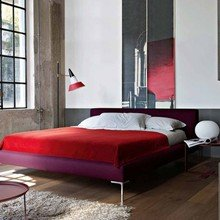 Фотография: Спальня в стиле Лофт, Квартира, Цвет в интерьере, Дома и квартиры, B&B Italia – фото на InMyRoom.ru