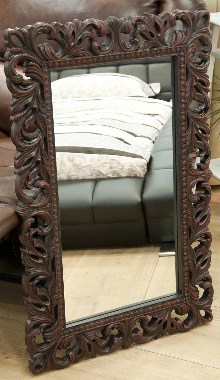Настенное зеркало италия в раме коричневого цвета