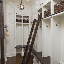 Фотография: Прихожая в стиле Классический, Современный, Интерьер комнат – фото на InMyRoom.ru