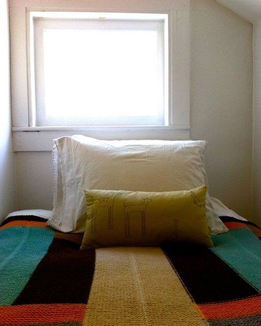 Фотография: Спальня в стиле , Декор интерьера, Декор дома, Праздник, Новый Год – фото на InMyRoom.ru