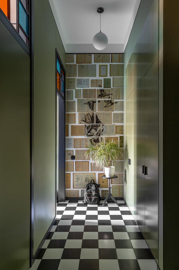 Фотография: Прихожая в стиле Современный, Квартира, Проект недели, Москва, Зеленый, Кирпичный дом, 2 комнаты, 40-60 метров, PROPERTY LAB+ART – фото на INMYROOM