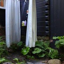 Фотография: Ландшафт в стиле Кантри, Современный, Ванная, Дом, Стиль жизни, Дача – фото на InMyRoom.ru