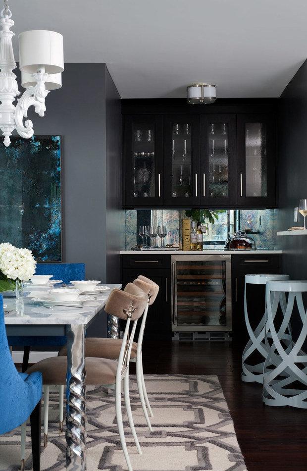 Фотография: Кухня и столовая в стиле Эклектика, Декор интерьера, Квартира, США – фото на INMYROOM