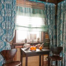 Фотография: Кухня и столовая в стиле Кантри, Спальня, Интерьер комнат, Мансарда – фото на InMyRoom.ru