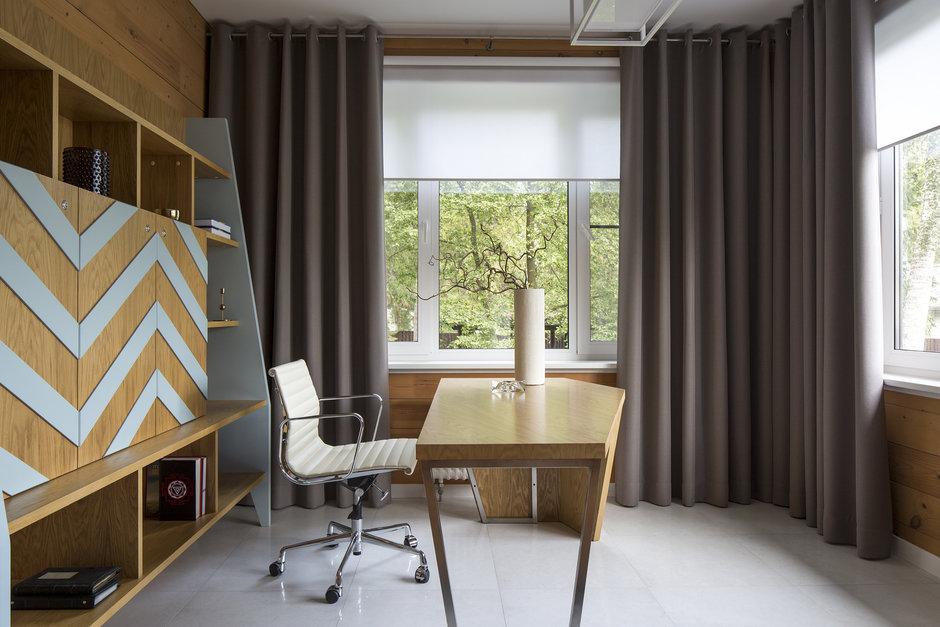 Фотография: Кабинет в стиле Современный, Дом, 4 и больше, Более 90 метров, Студия TS Design, #эксклюзивныепроекты – фото на InMyRoom.ru