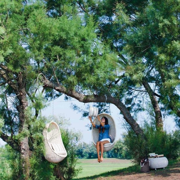 Фотография: Ландшафт в стиле Прованс и Кантри, Современный, Декор интерьера, Мебель и свет, Дача, Кресло, Для дачи и сада – фото на InMyRoom.ru