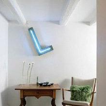 Фотография: Мебель и свет в стиле Кантри, Декор интерьера, Подсветка, Неон – фото на InMyRoom.ru