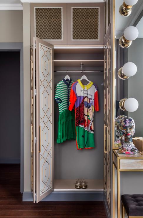 Фотография: Спальня в стиле Эклектика, Советы, Женя Жданова, хранение обуви, как обустроить гардеробную, планировка гардеробной, хранение вещей, советы профи – фото на INMYROOM