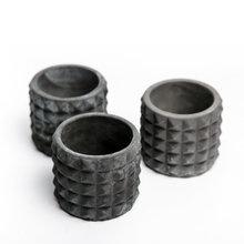 Кашпо БЕТОННЫЕ ШИПЫ темно-серый бетон