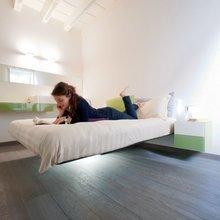 Фотография: Спальня в стиле Кантри, Скандинавский, Современный, Декор интерьера, Малогабаритная квартира, Мебель и свет, Готический – фото на InMyRoom.ru