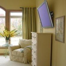 Фотография:  в стиле Современный, Спальня, Цвет в интерьере – фото на InMyRoom.ru