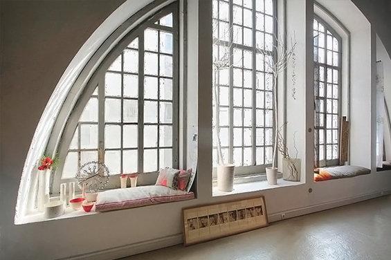 Фотография: Декор в стиле Прованс и Кантри, Спальня, Гардеробная, Декор интерьера, Интерьер комнат, Системы хранения, Кровать, Гардероб – фото на InMyRoom.ru