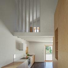 Фото из портфолио Реконструкция амбара в жилое пространство в Португалии – фотографии дизайна интерьеров на InMyRoom.ru