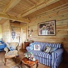 Фотография: Гостиная в стиле Кантри, Дом, Польша, Дом и дача – фото на InMyRoom.ru