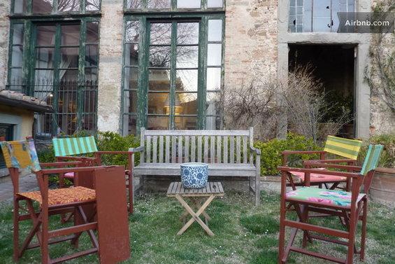 Фотография: Гостиная в стиле Минимализм, Стиль жизни, Советы, Париж, Airbnb – фото на InMyRoom.ru