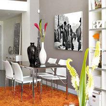 Фотография: Кухня и столовая в стиле Современный, Лофт, Квартира, Цвет в интерьере, Дома и квартиры, Белый, Лестница – фото на InMyRoom.ru