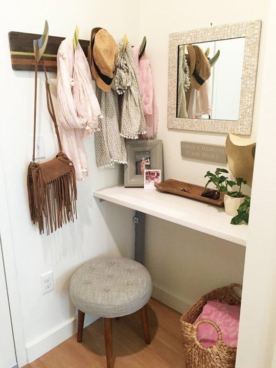 Фотография: Гардеробная в стиле Прованс и Кантри, Декор интерьера, Квартира – фото на InMyRoom.ru