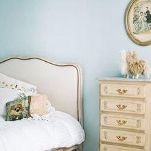 Фото из портфолио Нежно, романтично, по-девичьи – фотографии дизайна интерьеров на INMYROOM