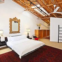 Фотография: Спальня в стиле Кантри, Классический, Современный, Дома и квартиры, Интерьеры звезд – фото на InMyRoom.ru