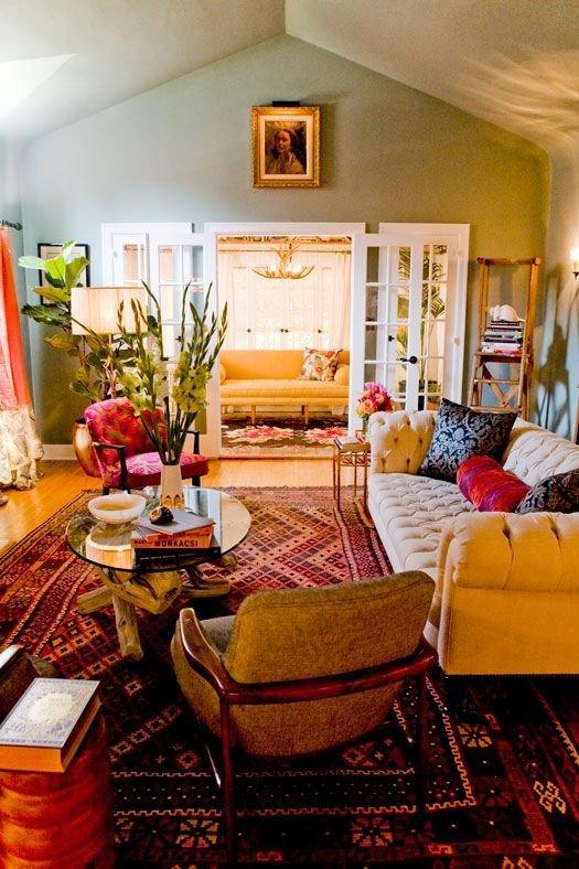 Фотография: Гостиная в стиле Прованс и Кантри, Восточный, Декор интерьера, Дом, Декор, Декор дома, Цвет в интерьере – фото на InMyRoom.ru