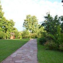 Фото из портфолио Благоустройство загородного участка – фотографии дизайна интерьеров на INMYROOM