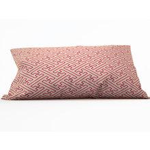 Декоративная подушка: Розовый орнамент