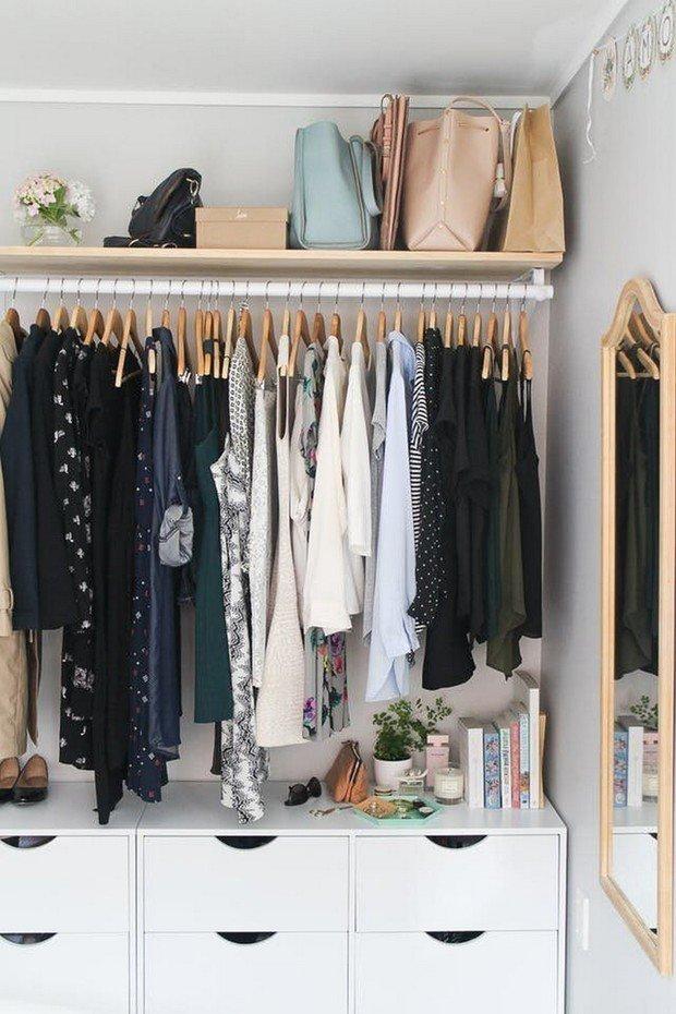 Фотография: Гардеробная в стиле Минимализм, Советы, Женя Жданова, хранение обуви, как обустроить гардеробную, планировка гардеробной, хранение вещей, советы профи – фото на INMYROOM