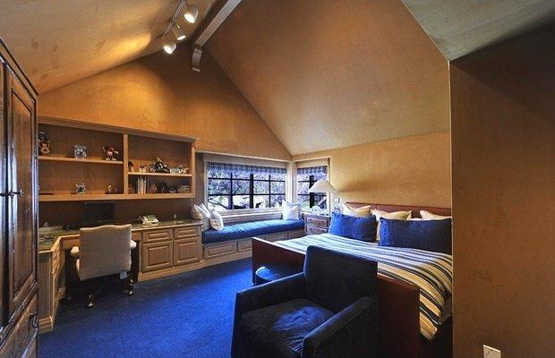 Фотография: Спальня в стиле Современный, Декор интерьера, Дом, Дома и квартиры, Интерьеры звезд – фото на InMyRoom.ru