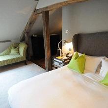 Фотография: Спальня в стиле Кантри, Терраса, Дома и квартиры, Городские места, Отель – фото на InMyRoom.ru