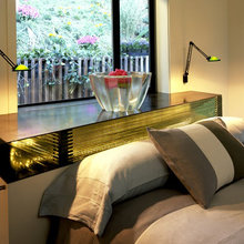 Фотография: Спальня в стиле Современный, Декор интерьера, Советы, Подоконник – фото на InMyRoom.ru