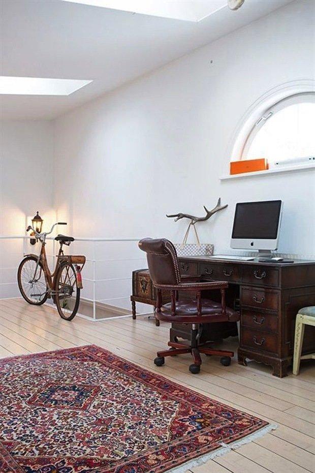 Фотография: Кабинет в стиле Скандинавский, Декор интерьера, ковер в интерьере – фото на INMYROOM