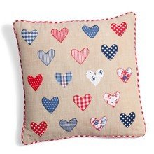 Подушка 18_hearts