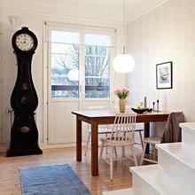 Фотография: Кухня и столовая в стиле Скандинавский, Квартира, Швеция, Цвет в интерьере, Дома и квартиры, Белый, Черный – фото на InMyRoom.ru