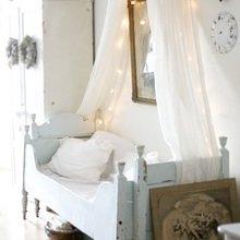 Фотография: Спальня в стиле Кантри, Скандинавский, Декор интерьера, DIY, Декор, Советы – фото на InMyRoom.ru