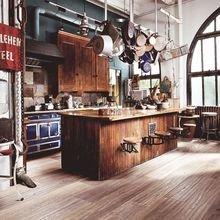 Фотография: Кухня и столовая в стиле Лофт, Декор интерьера, Квартира, Дом, Советы, Бежевый, Серый, Коричневый – фото на InMyRoom.ru
