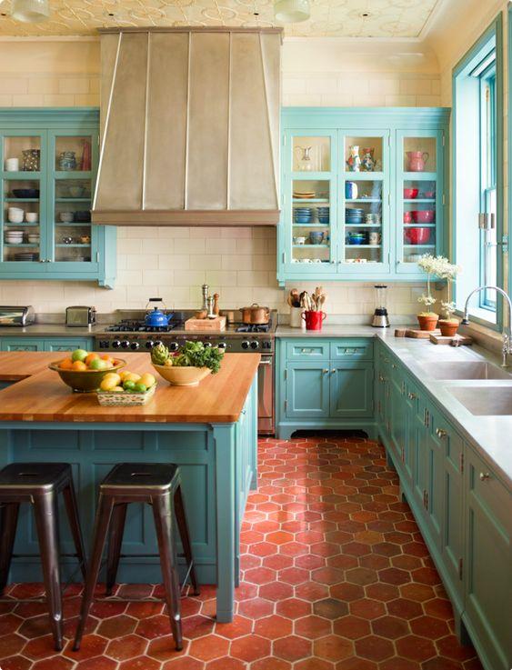 Фотография: Кухня и столовая в стиле Прованс и Кантри, Советы, МШД – фото на InMyRoom.ru