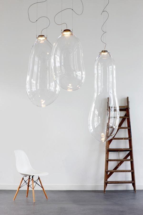 Фотография:  в стиле , Декор интерьера, Советы, стекло в интерьере, пластик в интерьере, интерьерный тренд, тенденция – фото на InMyRoom.ru