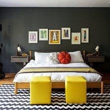 Фотография: Спальня в стиле Скандинавский, Дом, Дома и квартиры, Нью-Йорк, Стол – фото на InMyRoom.ru