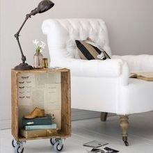 Фотография: Мебель и свет в стиле Скандинавский, Спальня, Декор интерьера, Стол – фото на InMyRoom.ru