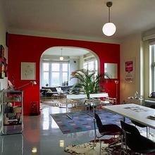 Фотография: Гостиная в стиле Лофт, Декор интерьера, Дизайн интерьера, Цвет в интерьере, Стены – фото на InMyRoom.ru
