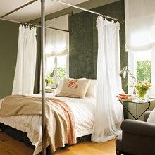 Фотография: Спальня в стиле Кантри, Квартира, Цвет в интерьере, Дома и квартиры, Пентхаус, Красный – фото на InMyRoom.ru