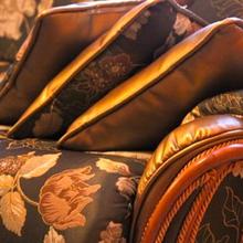 Фотография: Мебель и свет в стиле Классический, Современный, Декор интерьера, Стиль жизни, Советы, Мягкая мебель – фото на InMyRoom.ru