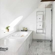 Фотография: Ванная в стиле Современный, Лофт, Декор интерьера, Декор дома, Стены – фото на InMyRoom.ru
