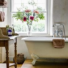 Фотография: Ванная в стиле Кантри, Декор интерьера, Подоконник – фото на InMyRoom.ru